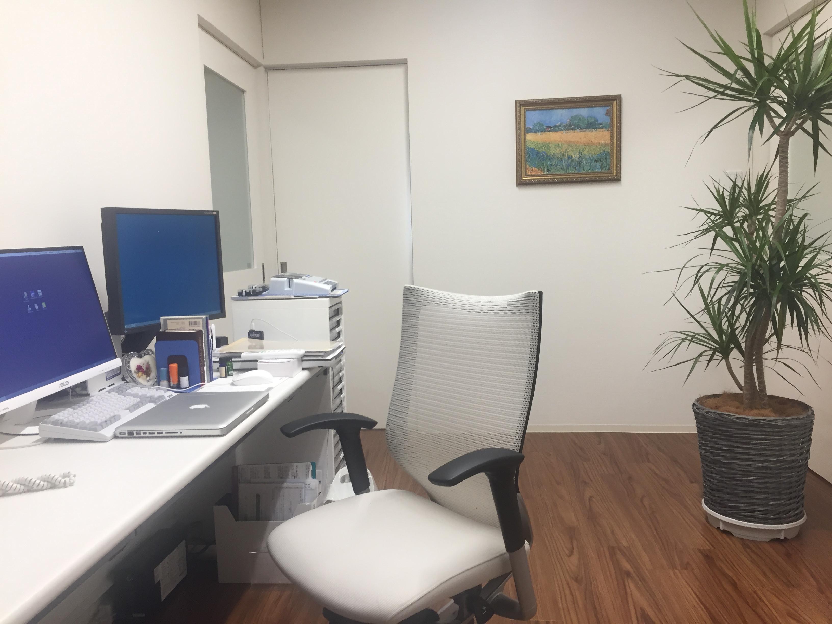 診察室 (2)